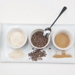 Powdered Snacks – Farine, Cocoa Nibs, Asham